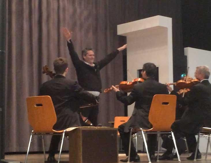 Une agence de communication est un chef d'orchestre …